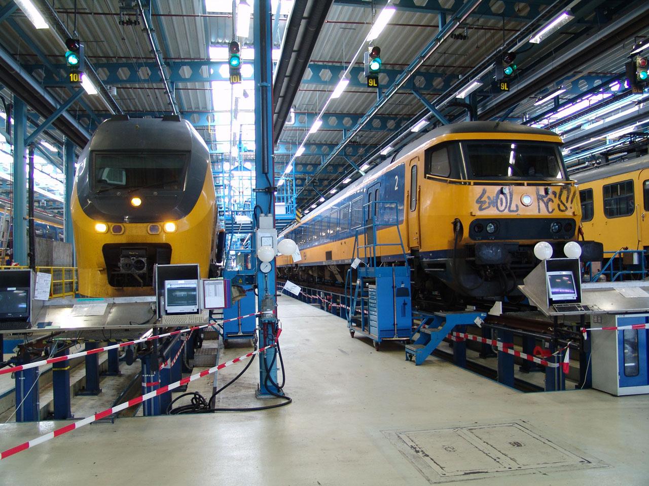 Spoorwegmaterieel   Het elektrische spoorwegmaterieel van de Nederlandse Spoorwegen